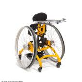 Therapiehilfe, Stehgerät mit zwei großen Antriebsrädern zur selbständigen, aktiven Bewegung