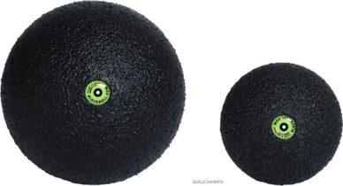 BLACKROLL Bälle in zwei Größen, besonders geeignet für starke Schmerzen in den Faszien