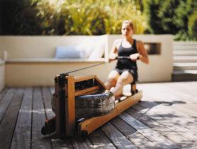... zwei leichtgänge Kunststoffrollen ermöglichen einen einfach Transport