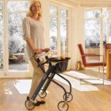 Wohnraum-Rollator für die Mobilität in der Wohnung