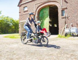 Kind auf Fahrrad mitnehmen