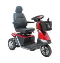 ein roter Elektro-Scooter der Firma Mobilis mit einem Einkaufskorb