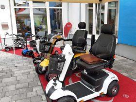 verschiedene Modelle scooter, E-scooter, Elektromobil,